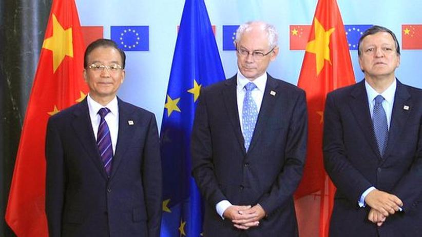 Wen in Brüssel: China verlangt Ende des Waffenembargos