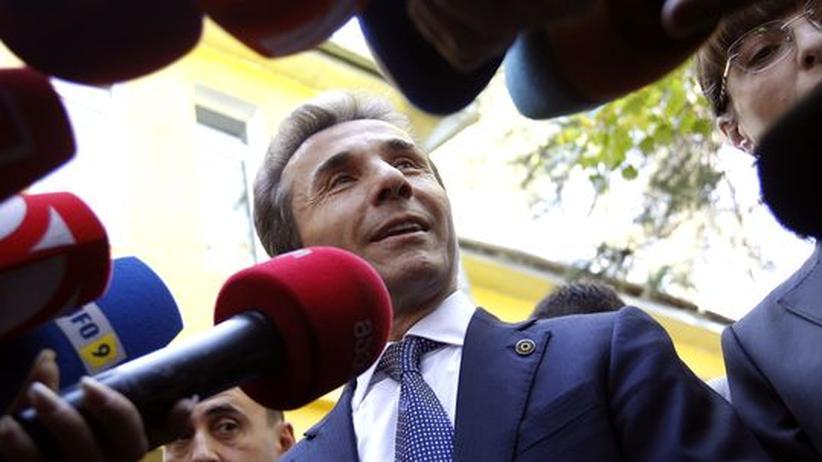 Parlamentswahl: Prognosen sehen Georgiens Opposition vorn