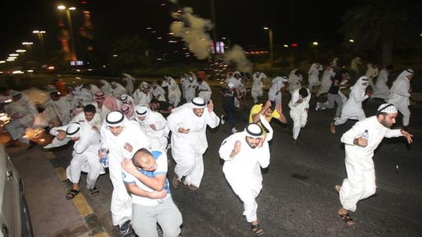 Ausschreitungen: Zehntausende demonstrieren in Kuwait gegen Wahlrechtsreform