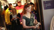 Studenten bei der vorzeitigen Stimmabgabe in Iowa
