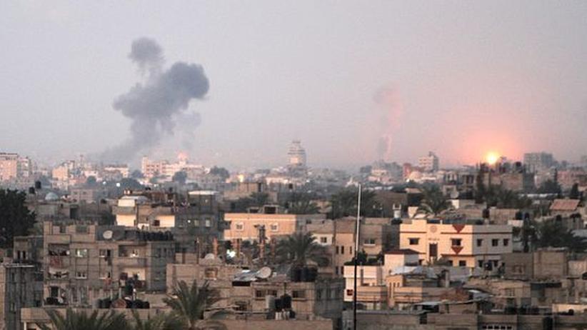 Nahost: Israel bombardiert Dutzende Ziele im Gazastreifen