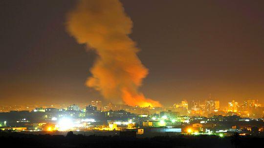 Rauch steigt im Norden des Gazastreifens auf.
