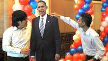 Obama-Fans in einem Wahlbeobachtungs-Zentrum in Jakarta/Indonesien
