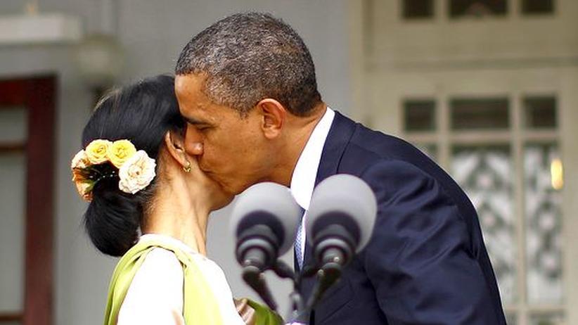 Asien-Reise: Obama umwirbt Chinas Nachbarn