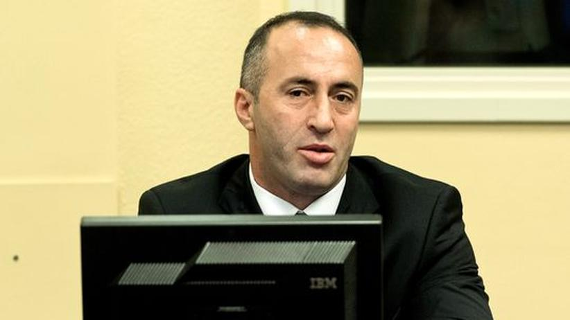 Kriegsverbrechen: Kosovaren feiern Freispruch für Exregierungschef Haradinaj
