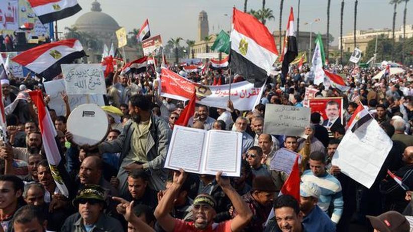 Ägypten: Proteste für und gegen Präsident Mursi