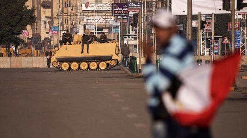 Ägypten: Mursi überträgt dem Militär Polizeiaufgaben