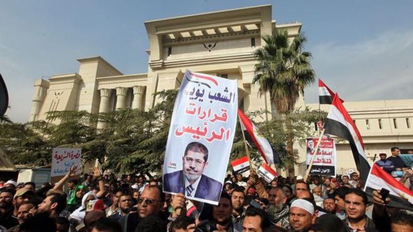 Proteste der Islamisten: Ägyptens Verfassungsrichter stellen Arbeit ein