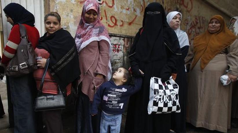 Ägypten: Muslimbrüder sehen sich als Sieger bei Verfassungswahl