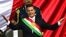 Mexikos neuer Präsident Peña Nieto hält nach seiner Vereidigung eine Rede.