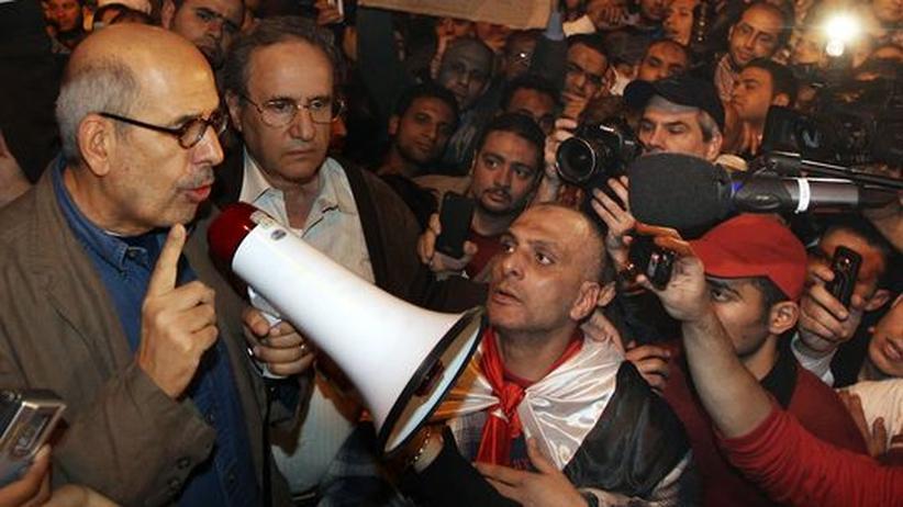 Machtkampf: Ägyptens Justiz ermittelt gegen Mursi-Gegner