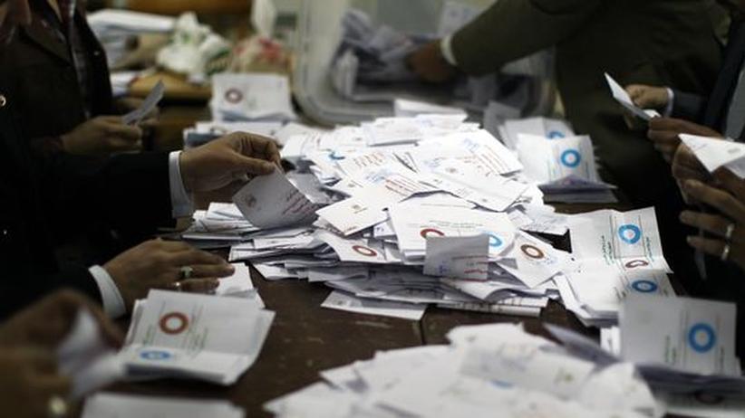 Referendum: Ägypter stimmen für neue Verfassung