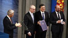 Thorbjoern Jagland vom Nobelpreiskomitee, Ratspräsident Herman Van Rompuy, Kommissionspräsident José Manuel Barroso und EU-Parlamentspräsident Martin Schulz (v.l.n.r.) am 10. Dezember in Oslo