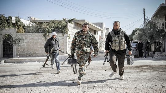 Syrische Rebellen in Maret Al-Numan, im Süden des Landes
