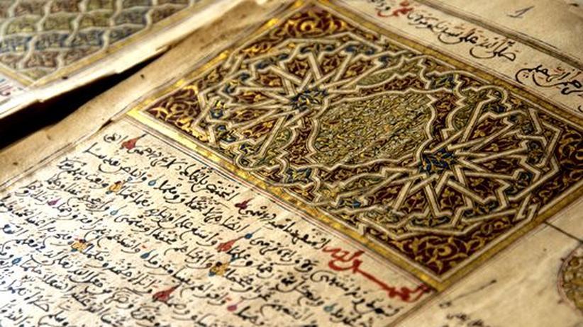 Timbuktu: Ein Schriftstück aus Marokko, archiviert im Ahmed-Baba-Zentrum in Timbuktu, Mali.