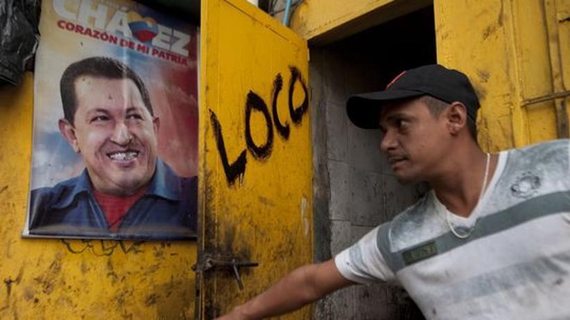 Erkrankter Präsident: Venezuela sagt Chávez' Vereidigung ab