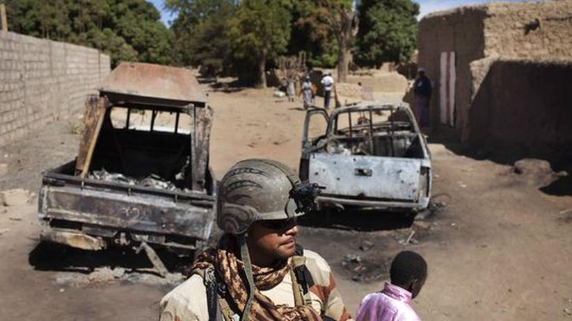 Nordmali: Malische Armee erobert strategisch wichtigen Ort Diabali zurück
