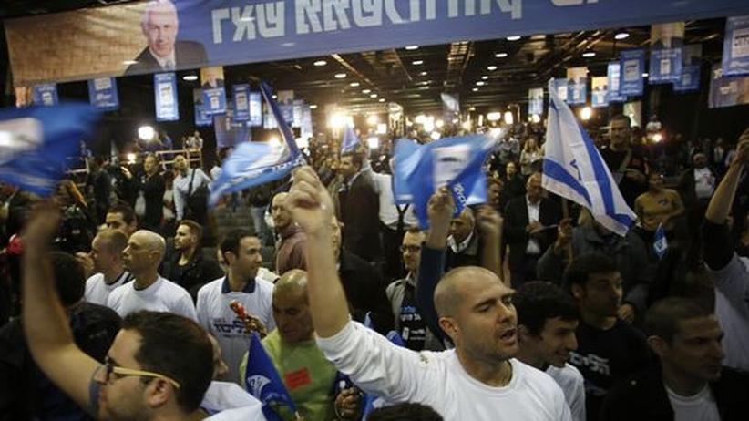 Parlamentswahl in Israel: Netanjahu liegt trotz starker Verluste vorn
