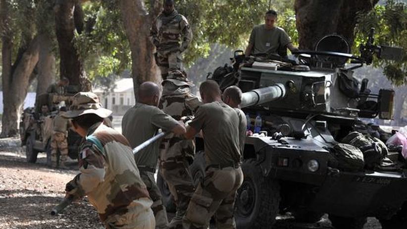 Militäreinsatz gegen Islamisten: Französische Truppen rücken Richtung Nord-Mali vor