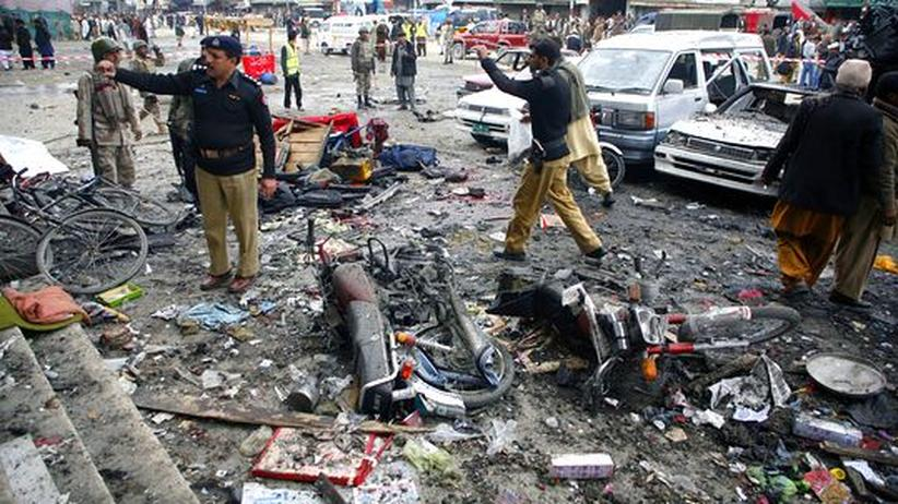 Anschlagserie: Mindestens 80 Tote bei Explosionen in Pakistan