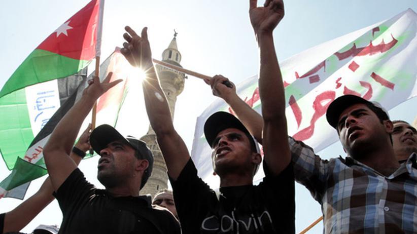 Arabische Umbrüche: Auch Jordaniens Herrscher wackelt