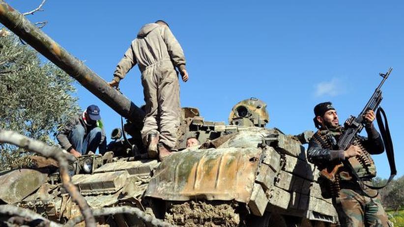 Bürgerkrieg : Das Waffenembargo gegen Syrien schadet der Opposition