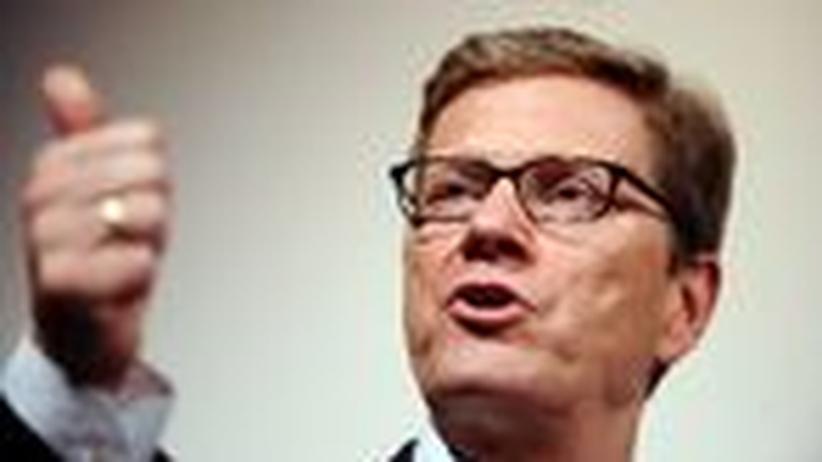 Außenminister: Westerwelle, der Anti-Interventionist