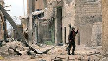 Zerstörte Häuser in Aleppo (Archiv)
