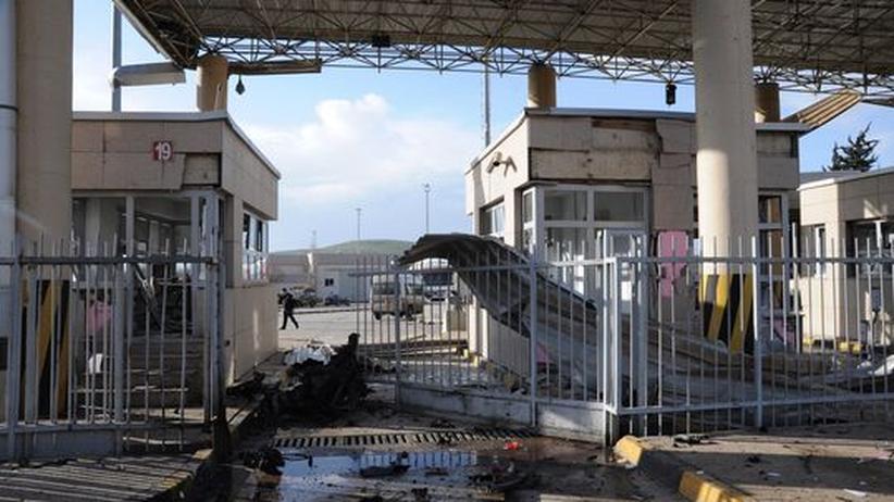 Türkei: Autobombe tötet mehrere Menschen an syrischer Grenze