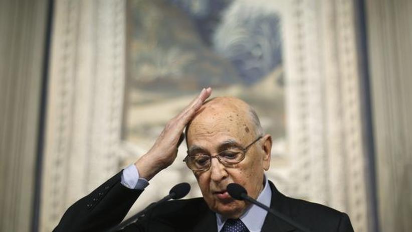 """Italiens Krise: Napolitano beauftragt """"Weise"""" mit der Suche nach einem Ausweg"""
