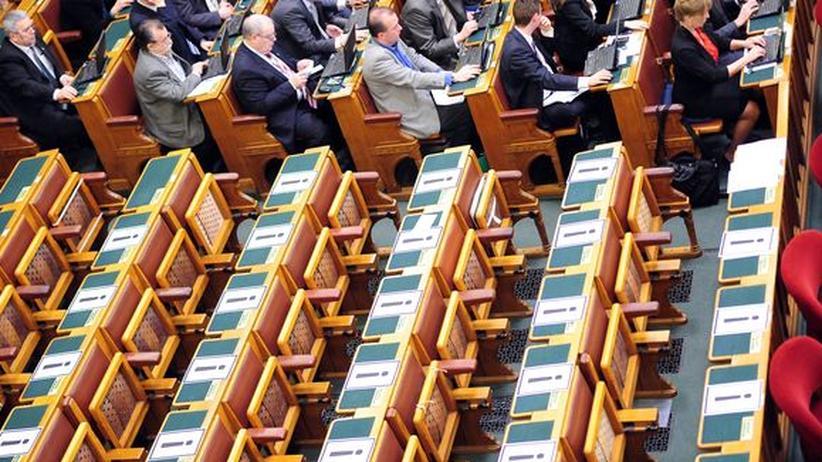Ungarn Verfassung Demokratie