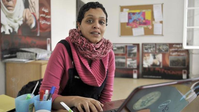 Die tunesische Bloggerin und Journalistin Olfa Riahi