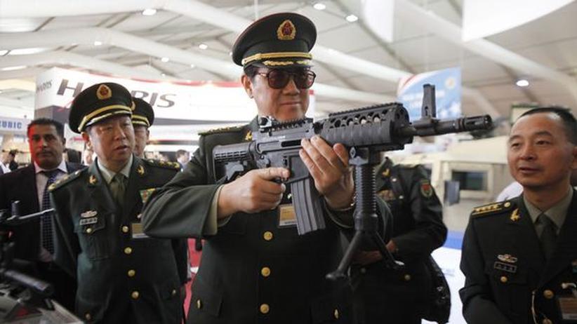 UN-Vertrag: Waffenhandelsabkommen stärkt Rüstungskritiker