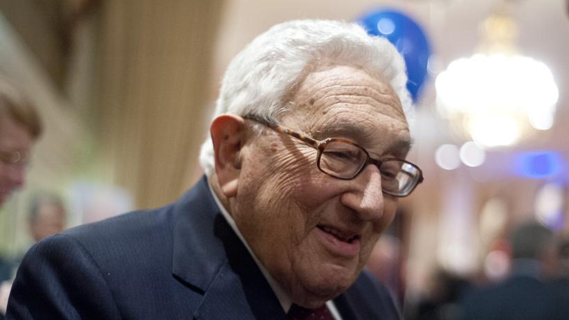 """Henry Kissinger: """"Dear Henry"""""""