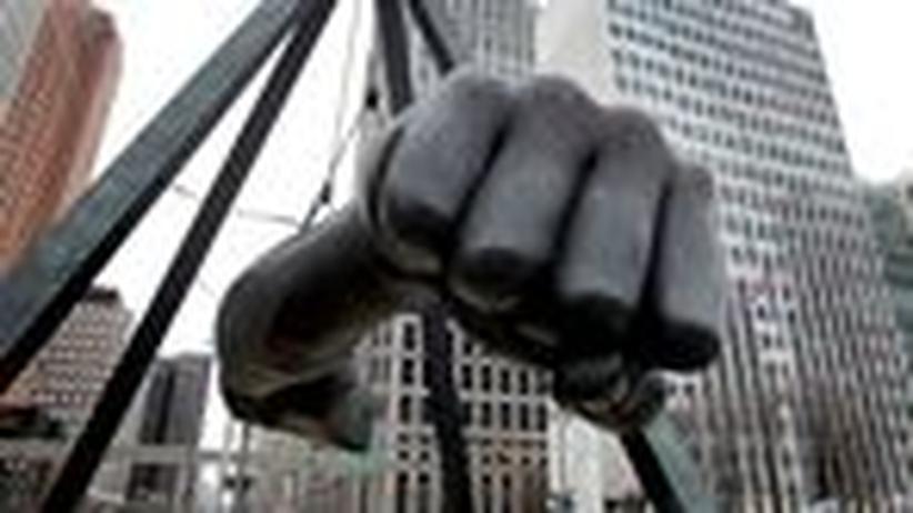 Detroit: Eine Bronze-Statue in Detroit