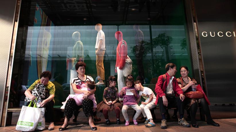 Hongkong: Hilfe, die Gucci-Shopper aus China!