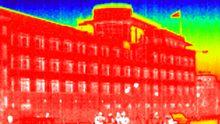 Die US-Botschaft in Berlin in einer Infrarot-Aufnahme