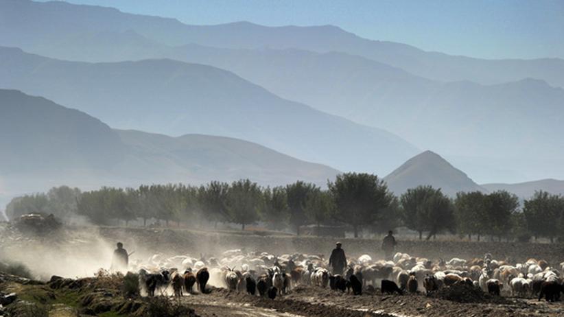 Ortszeit Kabul: Tal in der afghanischen Provinz Badachschan
