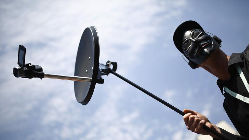 Spionage: Ein Demonstrant während einer Kundgebung gegen die NSA-Spionage in Frankfurt am Main