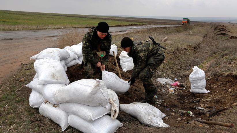 Ukraine: Ukrainische Soldaten an der Ostgrenze des Landes