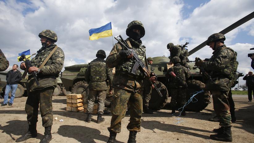 Ukraine-Krise: Nato verstärkt Truppen an Ostgrenze
