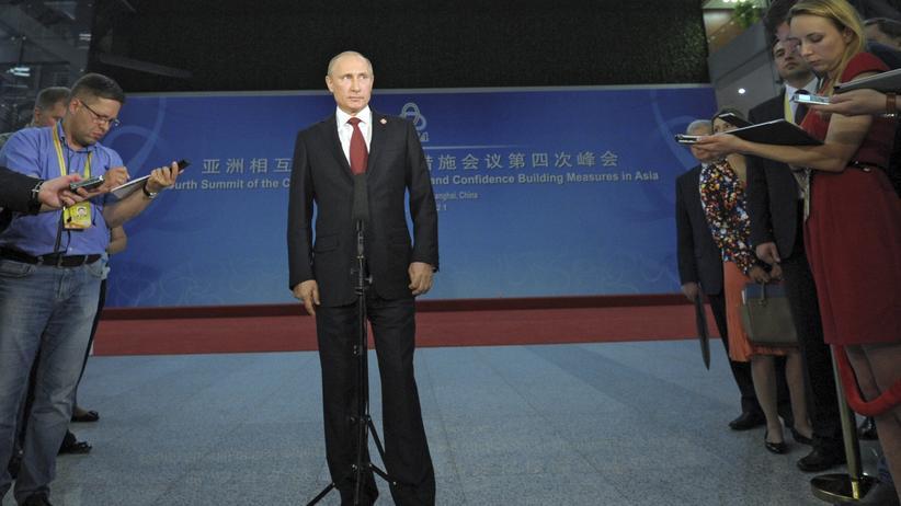 Prunkbau in Sotschi: Der russische Präsident Wladimir Putin