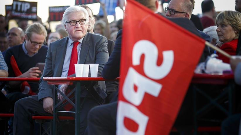 Europawahlkampf: Steinmeier im Europawahlkampf in Berlin