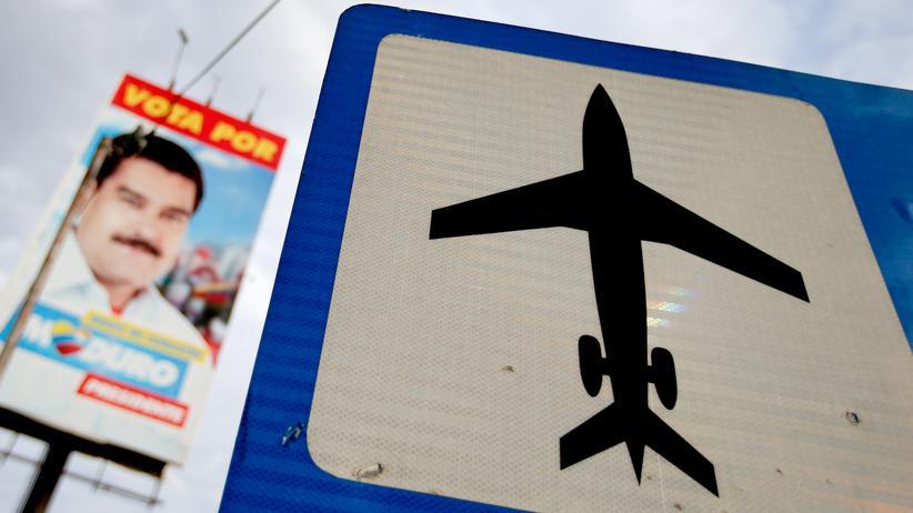 Venezuela: Eine Wahlempfehlung für Venezuelas Präsident Nicolás Maduro auf dem Weg zum Flughafen in Caracas