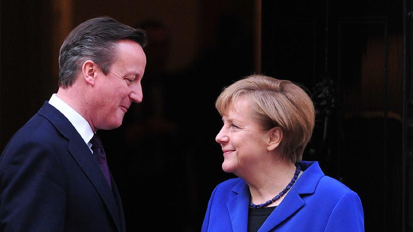 Juncker-Streit: Merkel signalisiert Cameron Gegenleistungen