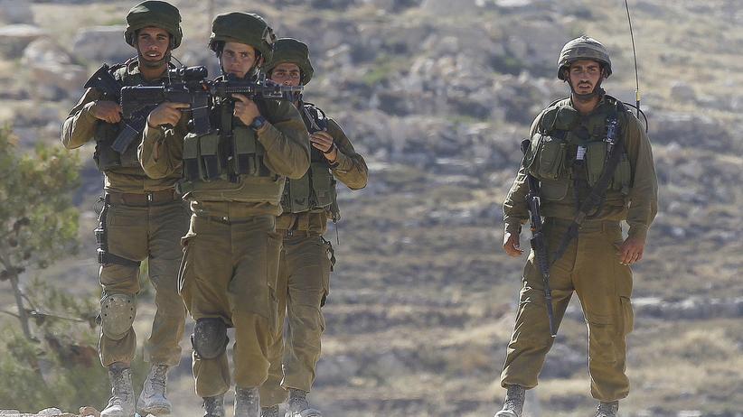 Nach Entführung: Israels Armee nimmt 80 Palästinenser fest