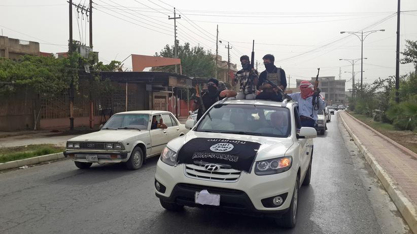 Islamistischer Terrorismus: Isis-Kämpfer in den Straßen von Mossul