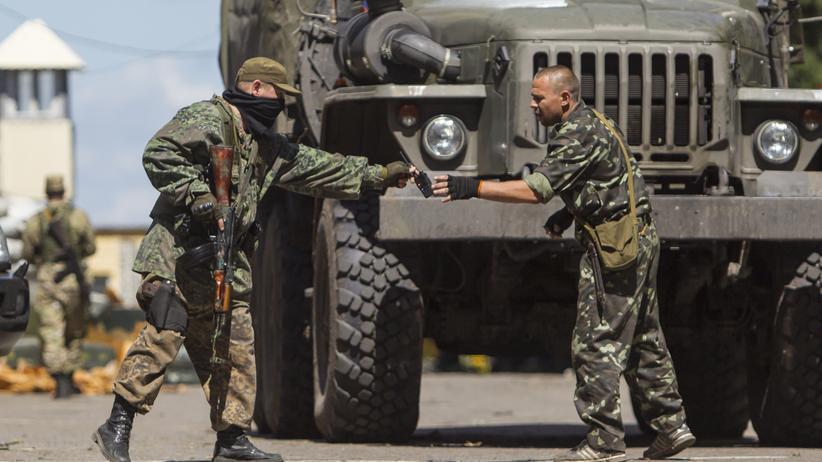 Ukraine-Krise: Neue Kämpfe mit Toten trotz Waffenruhe