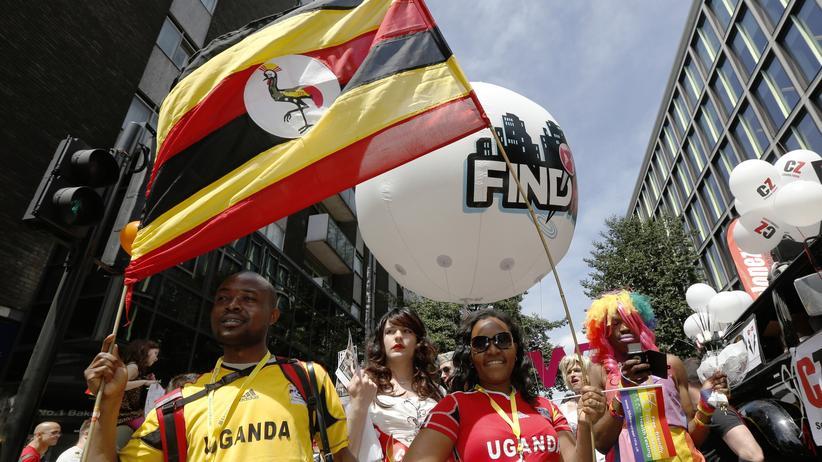 Ugandische Demonstranten auf einer Demonstration gegen Diskriminierung