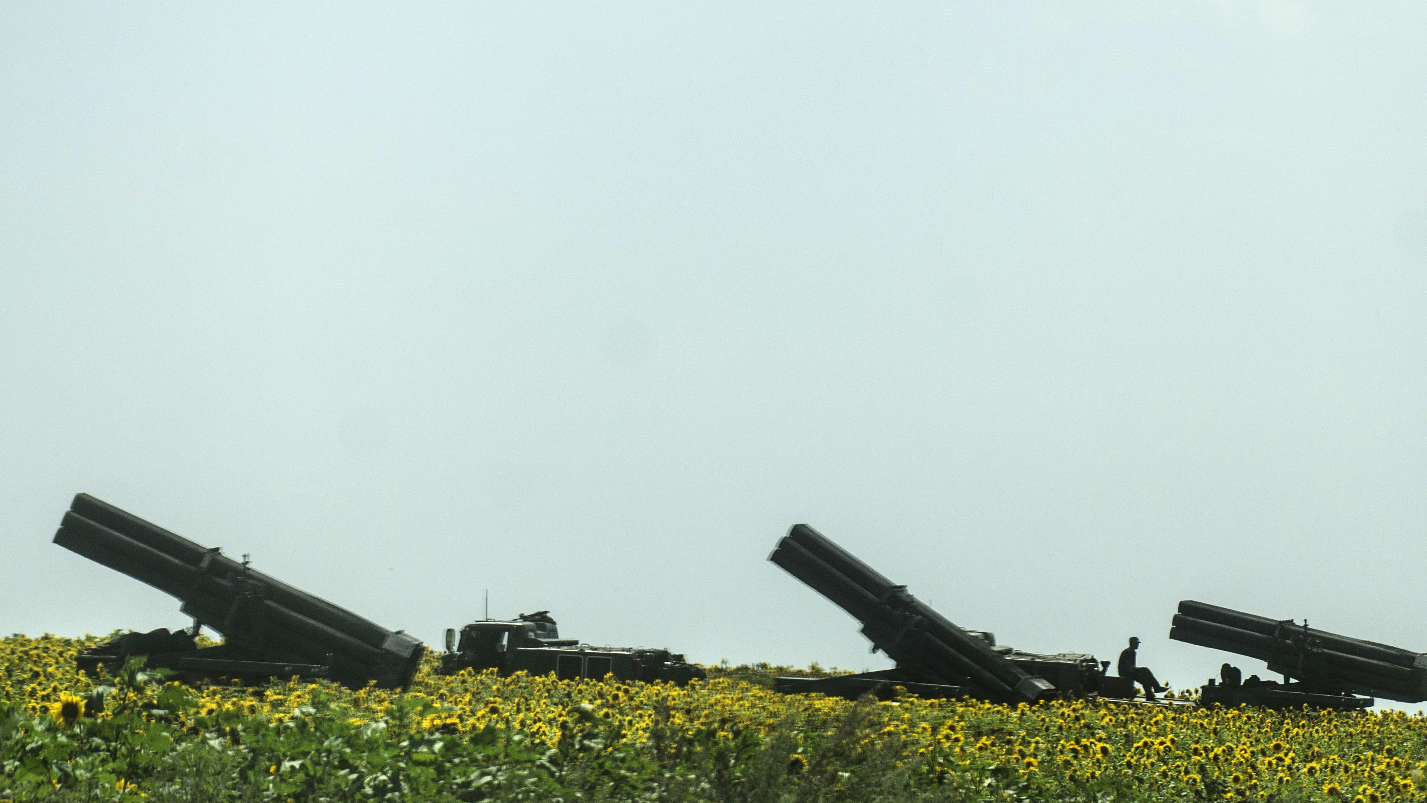Militär bombardiert Separatisten in Donezk